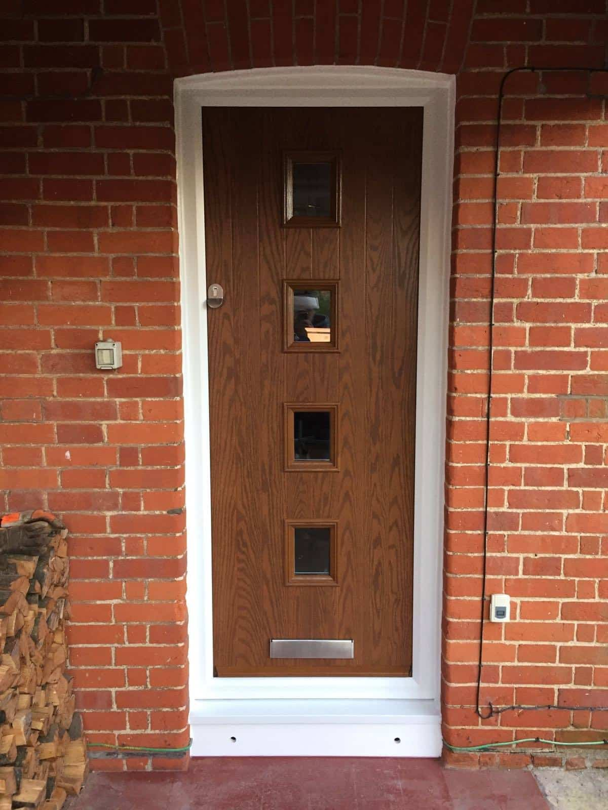 4 square oak composite door